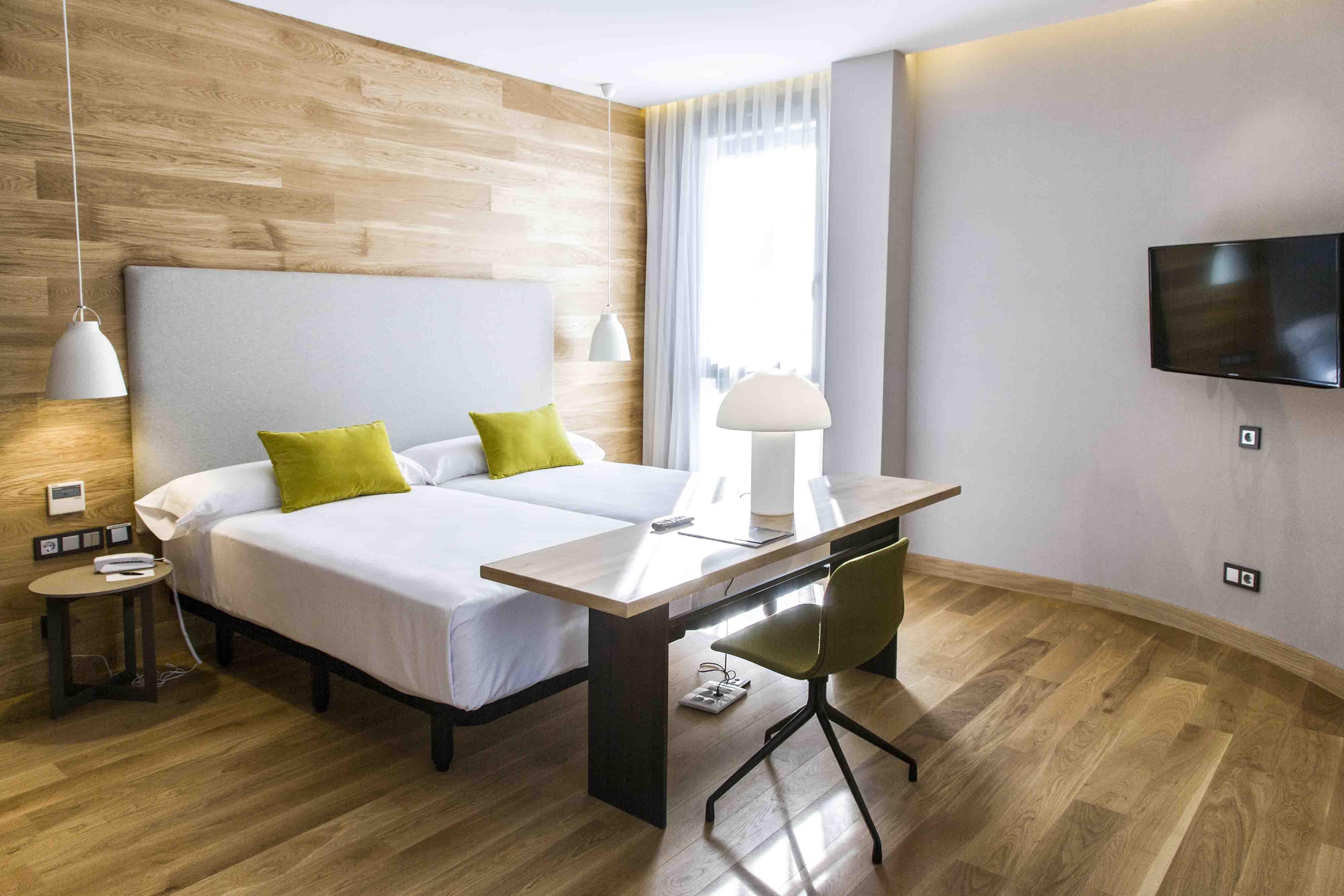 Offer: Room and Moët & Chandon